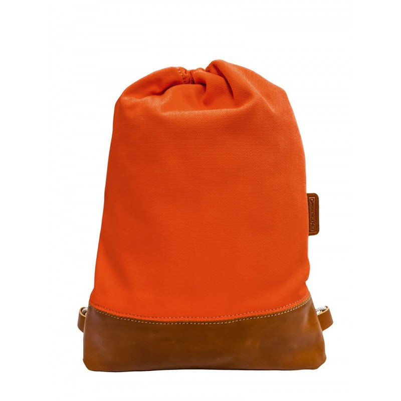 100% leather and cotton backpack entirely handmade.