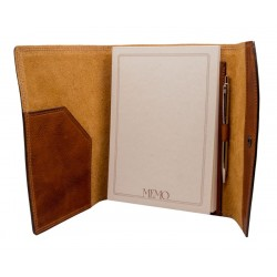 Memo holder snap with closure
