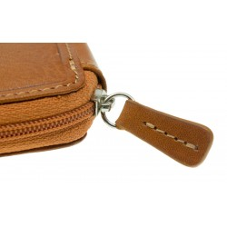 Leather key holder with zip